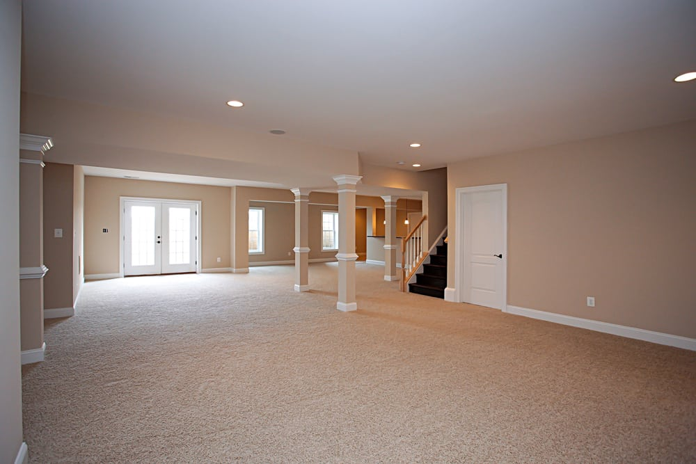 Large basement with pillars in Nokesville home